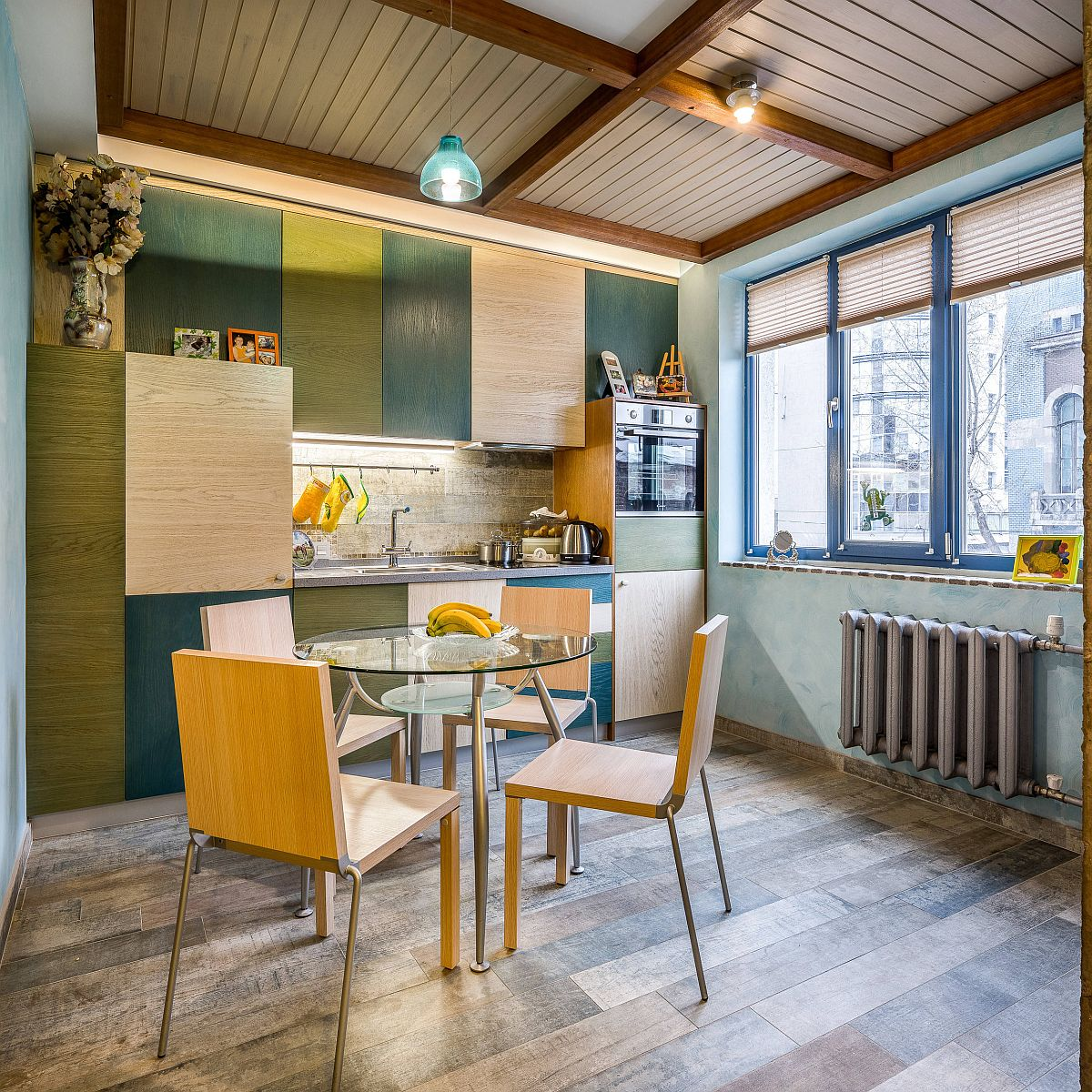 Shades-of-green-and-yellow-coupled-with-wood-inside-the-small-eclectic-kitchen-88258