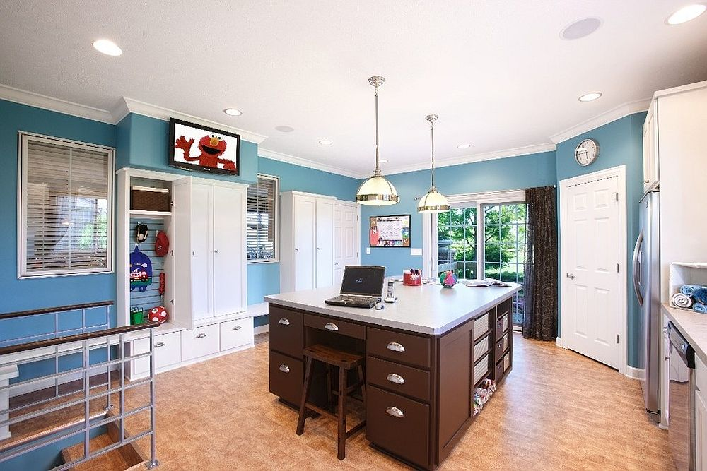 Share you craftsroom with your loved ones and turn it into a home workspace