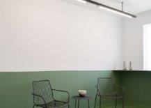 Slim-and-stylish-lighting-inside-the-modern-minimal-restaurant-63787-217x155