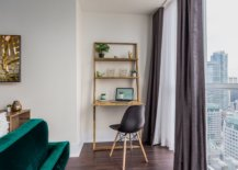 Space-savvy-and-ergonomic-makeshift-home-workspace-idea-that-is-easy-to-create-70578-217x155