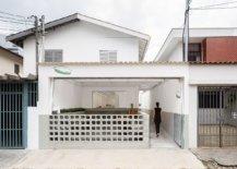 Street-facade-of-the-new-Torta-da-Vila-Restaurant-in-Brazil-34412-217x155
