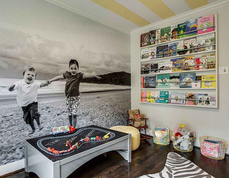 Wall-mounted-shelves-and-cabinets-save-plenty-of-space-in-the-small-kids-playroom-33575