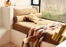 Built-in-daybed-with-a-comfy-blanket-39487-217x155