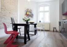 Eclectic-collection-of-chairs-for-the-dark-and-small-dining-table-11449-217x155