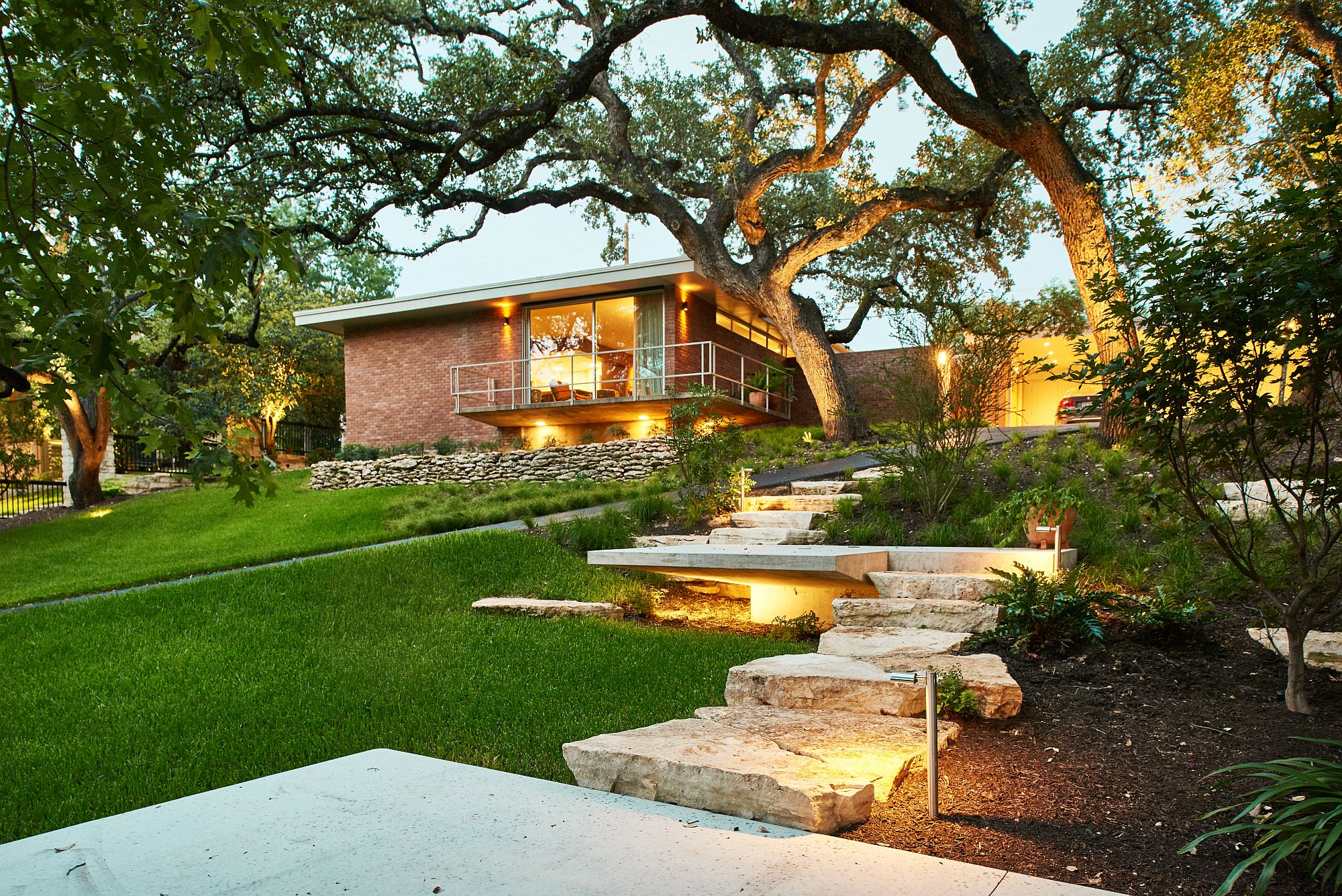 Fabulous Texas home sits atop a sloping hillside and offers fabulous views of the neighborhood