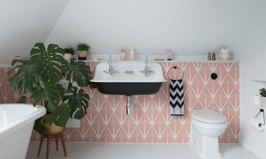 Uplifting Splash of Color: How to Add Pink to the Modern Bathroom