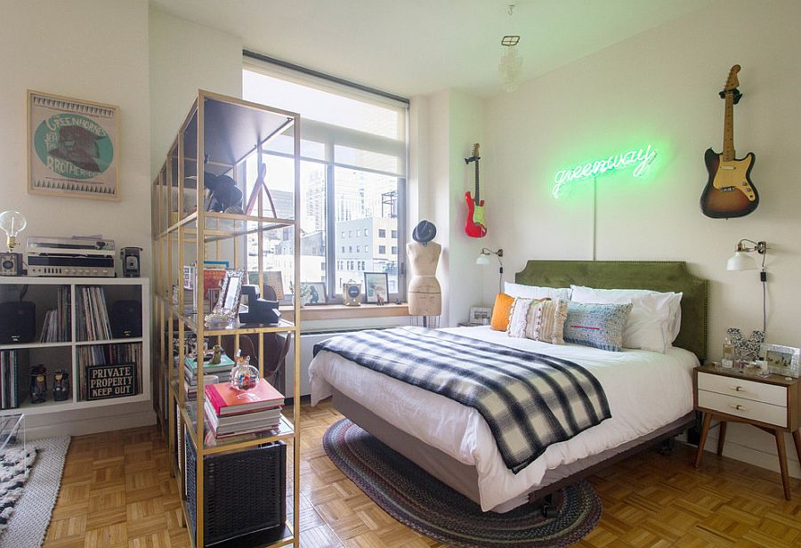 Gorgeous-modern-eclectic-bedroom-in-the-heart-of-New-York-City-with-lovely-viiews-of-its-skyline-42102