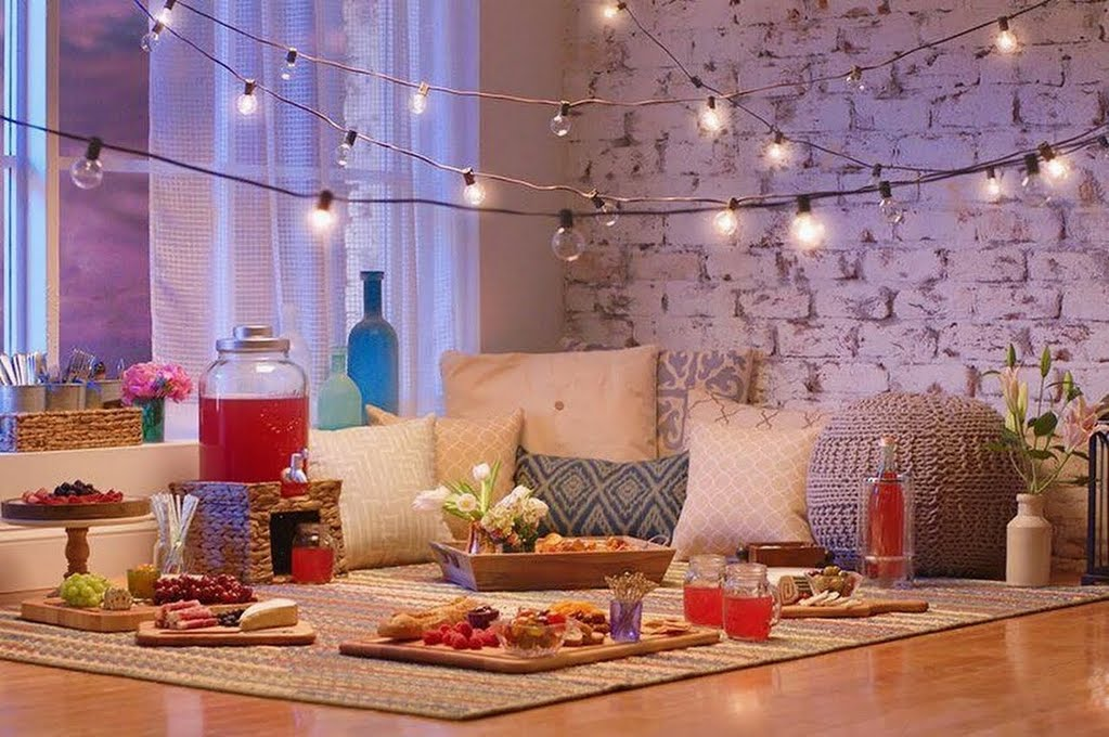 Indoor picnic ideas from Home Depot