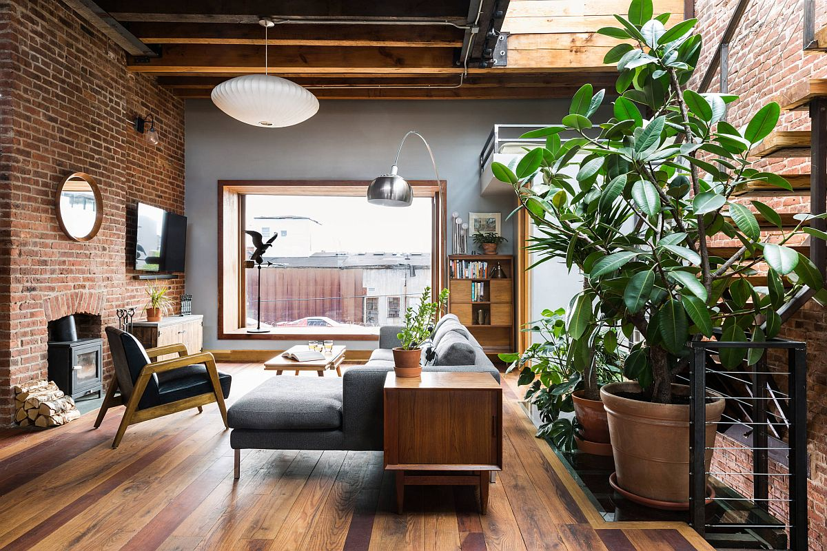 Industrial-style-living-room-where-brick-walls-and-wooden-floor-add-ample-contrast-60512