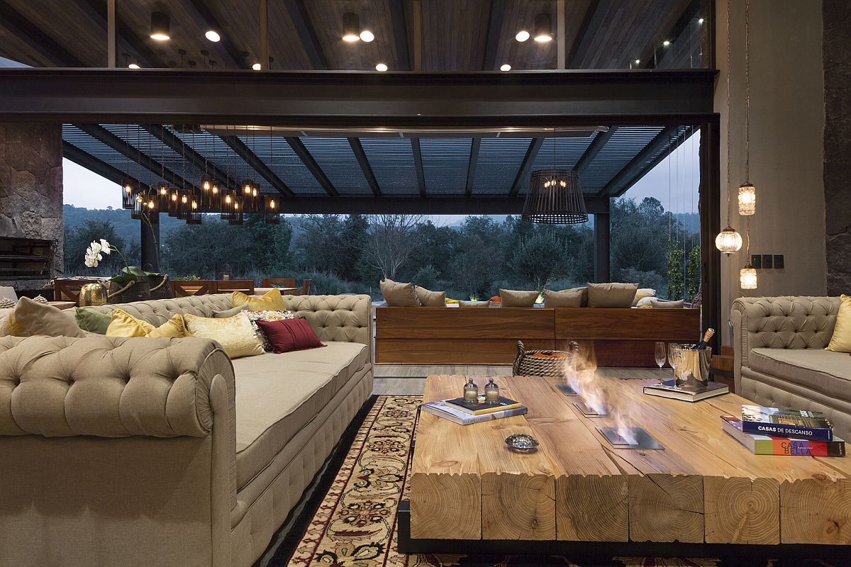 Innovative-coffee-table-also-brings-awesome-fireplace-to-the-living-room-54415