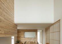 Mezzanine-level-of-the-house-overlooks-the-ground-floor-74933-217x155