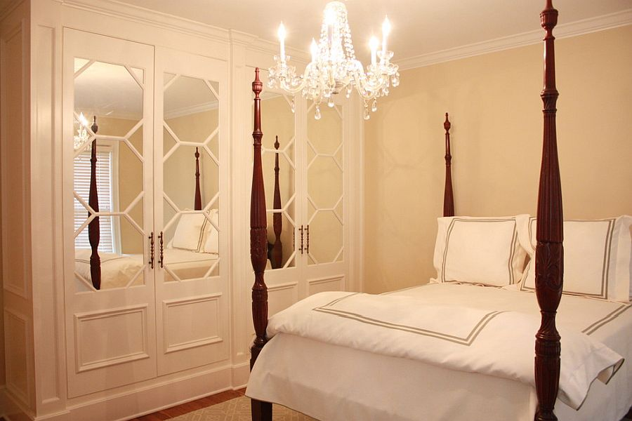Mirrored-inset-doors-look-good-even-in-the-traditional-bedroom-and-style-is-not-a-constraint-86823