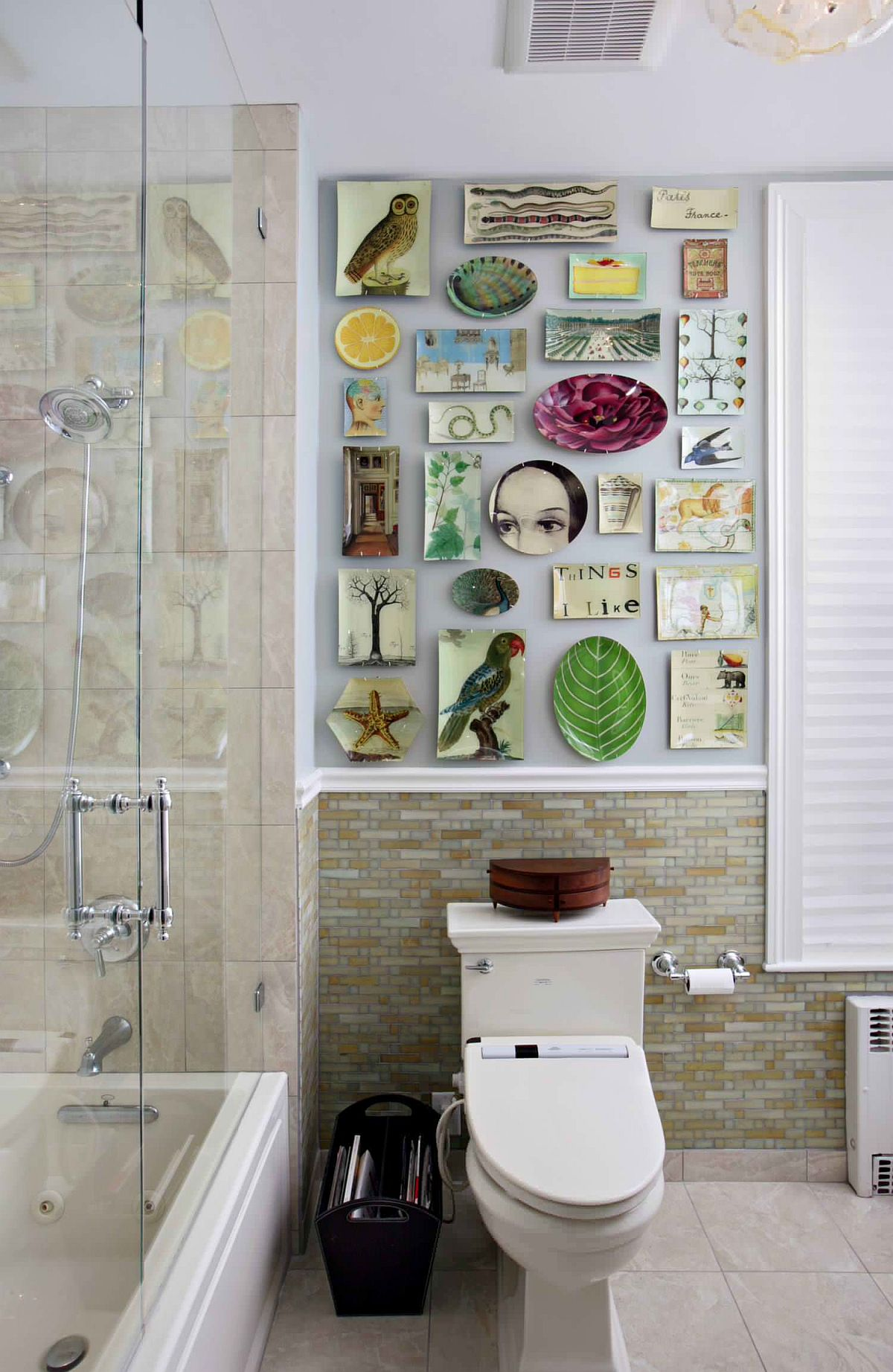 Decorating your Bathroom Walls: 5 Wall Art Ideas that Wow!