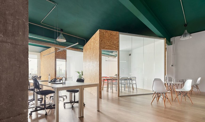 Recyclable Materials Shape a Modern Office Inside Industrial Building in Barcelona