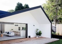 Shed-like-rear-extension-of-classic-Sydney-home-offers-seamless-connectivity-with-the-outdoors-51838-217x155