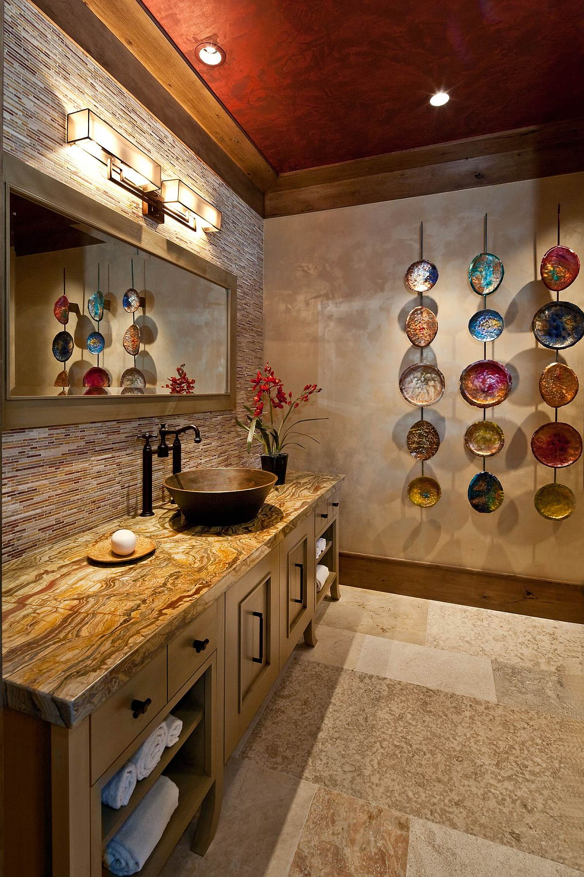 Wall-art-piece-feels-quirky-and-different-in-this-modern-bathroom-98059
