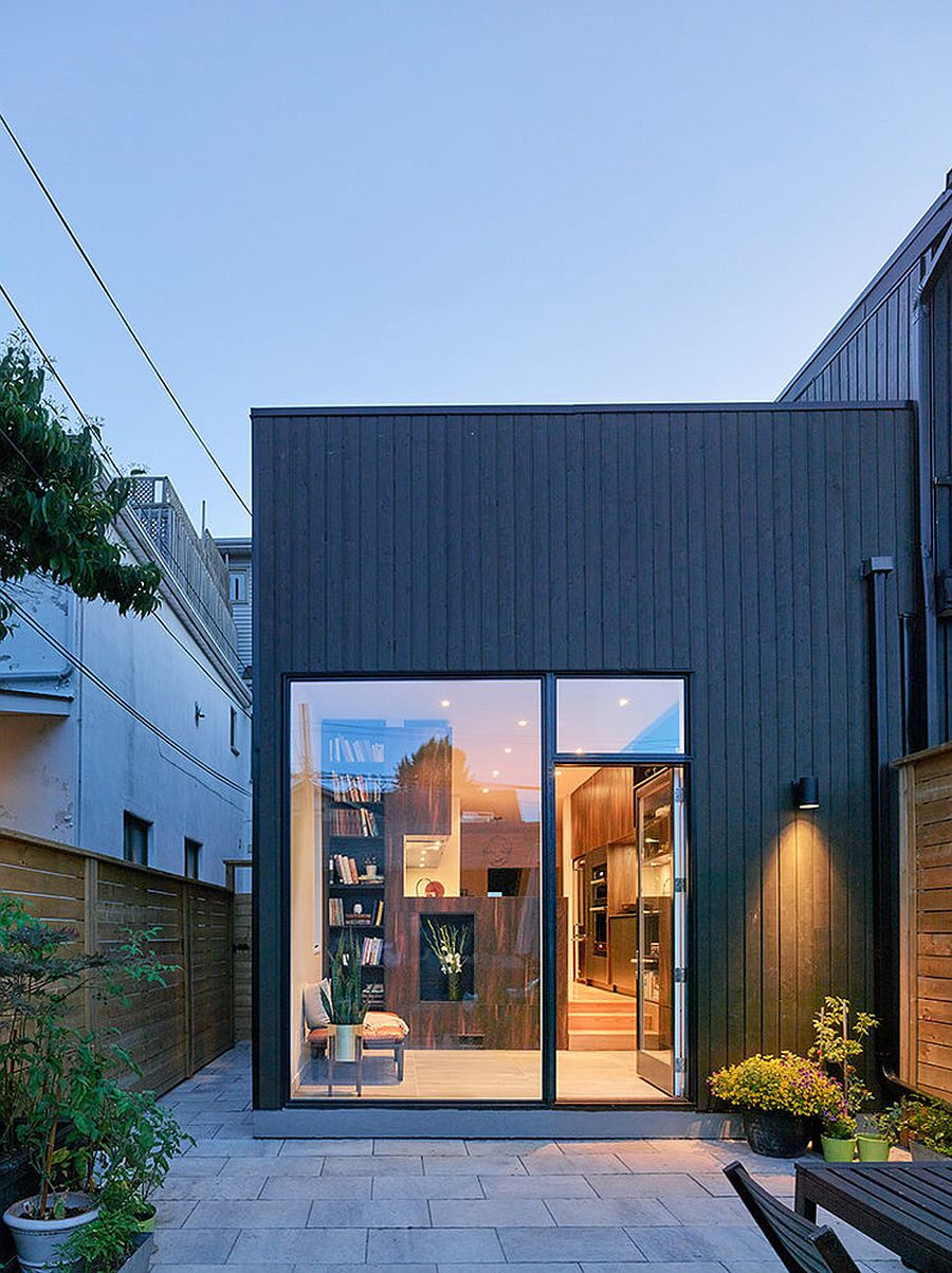 Classic-and-narrow-Victorian-House-in-Toronto-gets-a-lovely-modern-makeover-87394