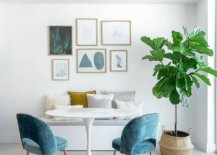 Combining-minimal-and-beach-styles-in-the-small-dining-room-with-a-neutral-backdrop-68304-217x155