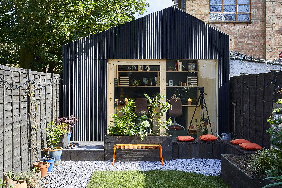Cork-seating-area-outside-the-backyard-office-space-turns-it-into-a-great-social-hangout-when-needed-70087