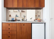 Creating-that-perfect-ultra-small-kitchen-inside-the-tiny-studio-apartment-with-modern-space-savvy-appeal-40490-217x155