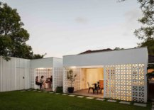 Creative-use-of-breeze-blocks-shape-the-rear-extension-of-the-contemporary-home-87227-217x155