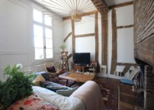 Fabulous-lighting-fixture-in-the-eclectic-living-room-captures-your-attention-10604-217x155