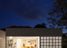 Lovely-lighting-illuminates-the-interior-of-the-house-while-showcasing-its-best-features-57505-217x155
