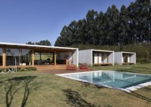 Minimal-wooden-deck-and-pool-extend-the-interior-outside-withou-any-hassle-52182-217x155