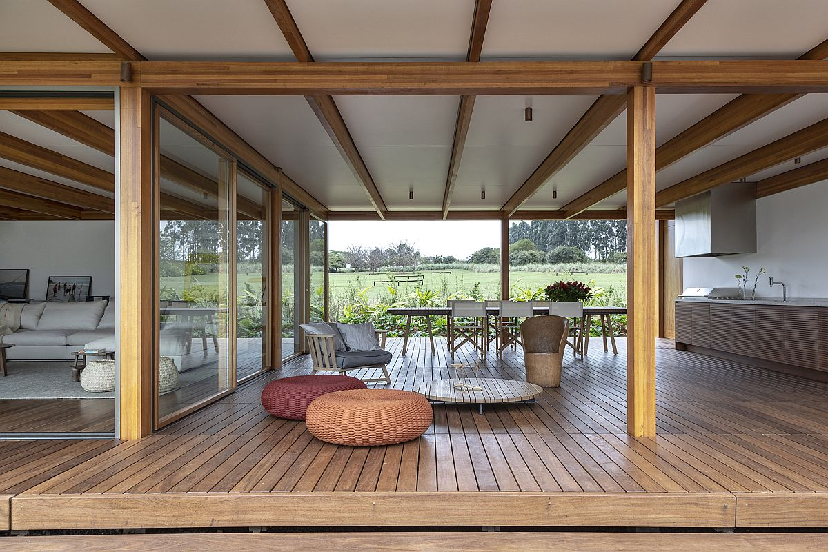 Open-kitchen-and-dining-area-of-the-house-is-connected-with-the-landscape-on-both-sides-90959