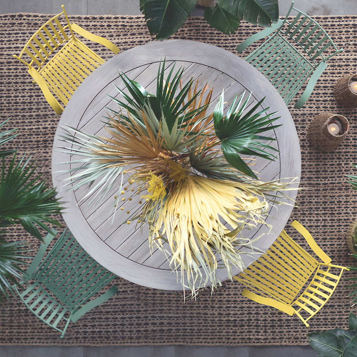 Preserved-palm-fronds-from-Terrain-99780