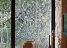 Sliding-glass-walls-bring-nature-into-the-bedroom-with-ease-99131-217x155