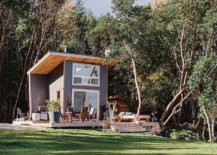 Small-vacation-cabin-on-Galiano-Island-is-the-perfect-family-retreat-that-takes-you-away-from-busy-uban-life-71111-217x155