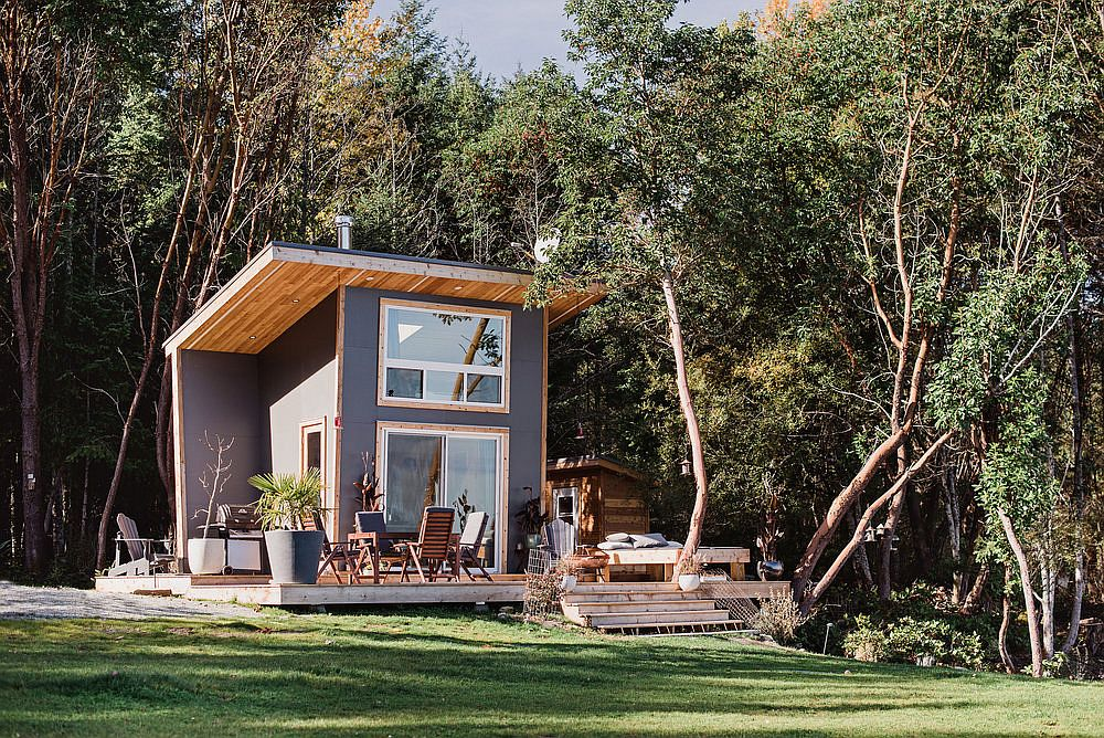 Small-vacation-cabin-on-Galiano-Island-is-the-perfect-family-retreat-that-takes-you-away-from-busy-uban-life-71111