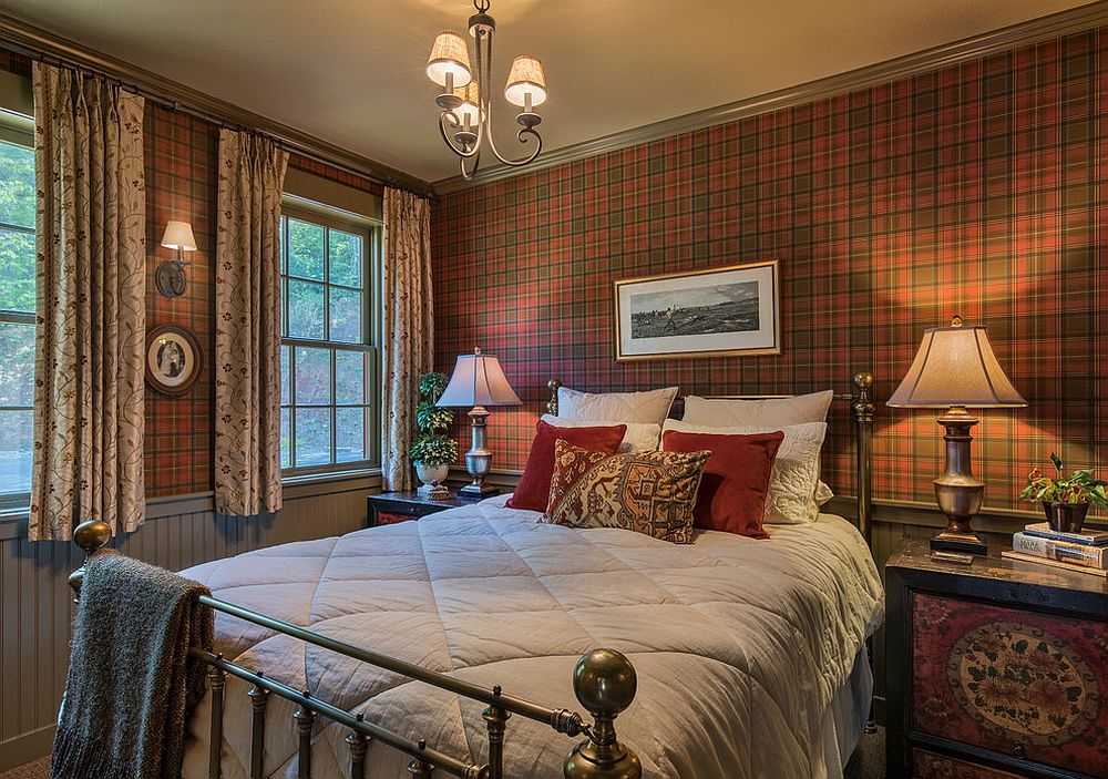 Walls in plaid are a classic that never feel out of fashion in the rustic bedroom