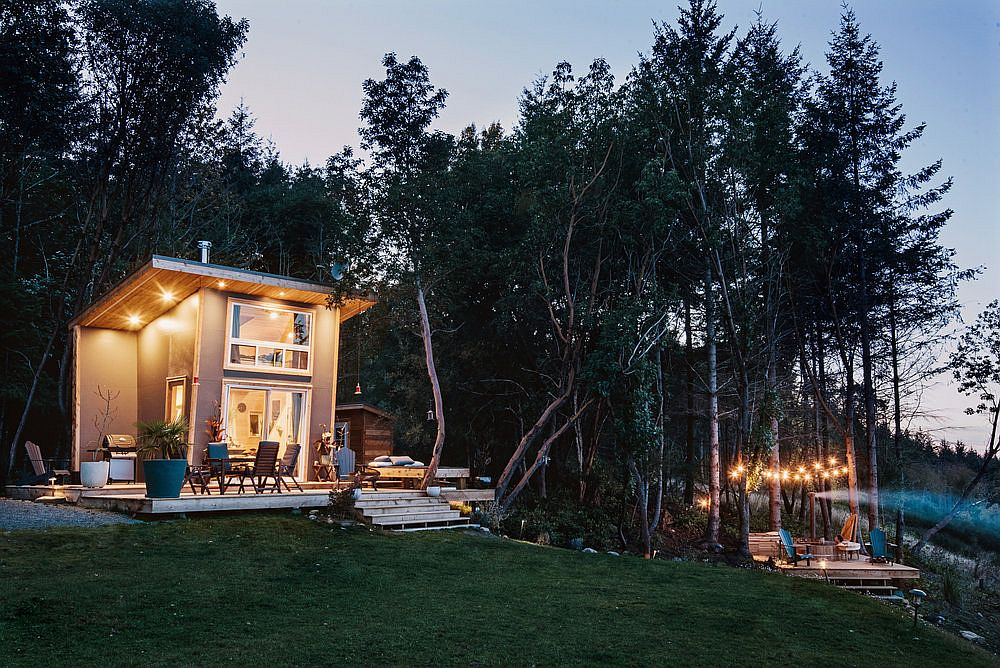 Wonderful-forest-area-and-the-deck-in-the-distance-bring-timeless-charm-to-the-beautiful-island-cabin-80212