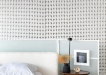 An-eclectic-and-innoative-approach-to-decorating-the-bedside-table-79764-217x155