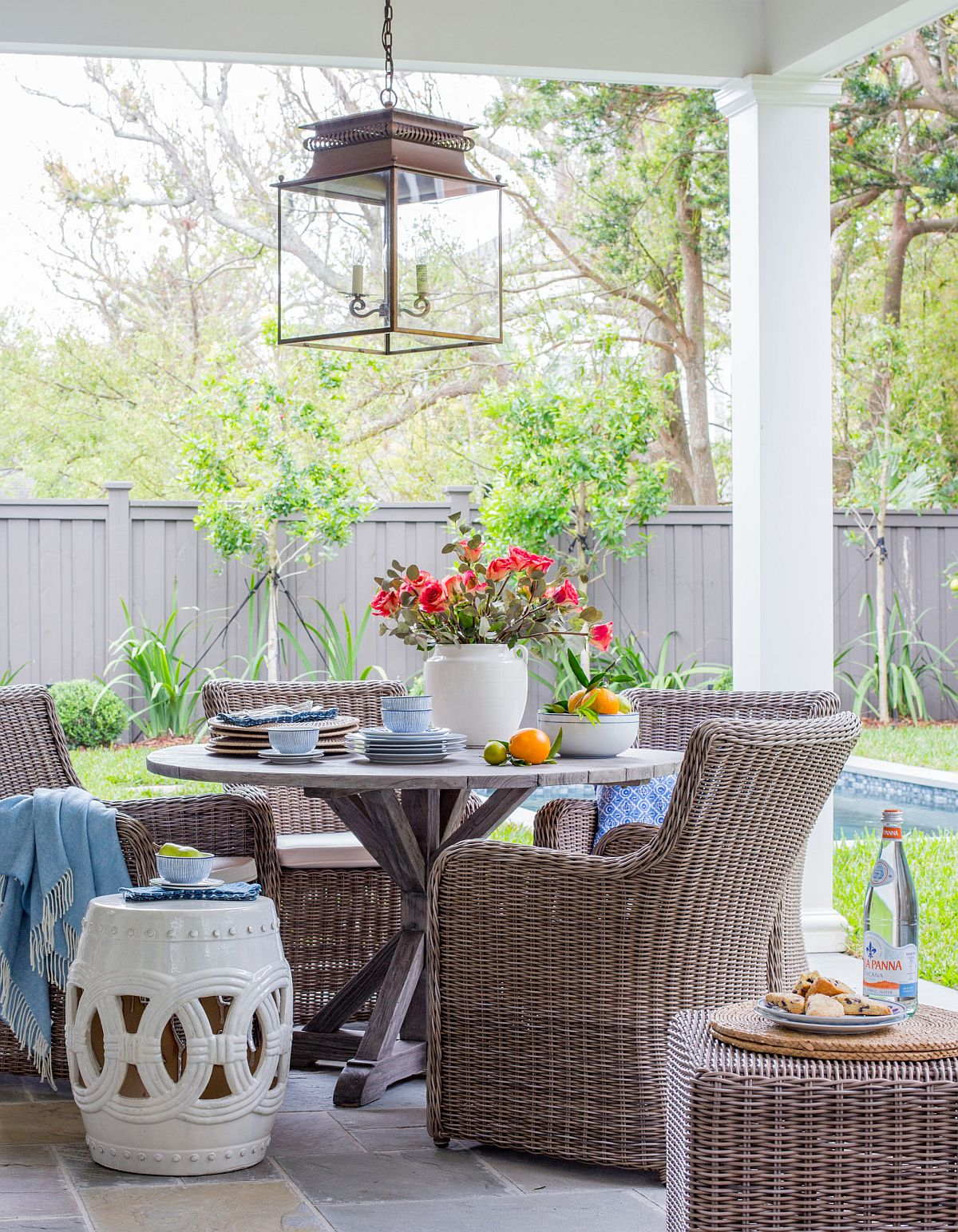 Beach-style-porch-is-absolutely-perfect-for-dining-outdoors-this-summer-51141