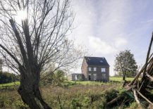 Beautiful-little-brick-house-among-the-fields-along-with-a-contemporary-half-sunk-extension-27992-217x155