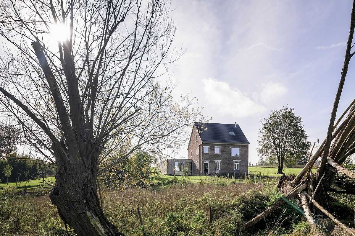 Beautiful little brick house among the fields along with a contemporary half-sunk extension