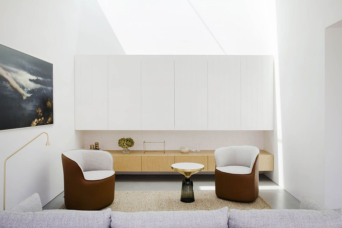 Light-filled-living-area-of-the-revamped-home-in-Sydney-suburbs-feels-fresh-and-contemporary-33359