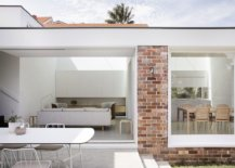 Modern-extension-to-an-old-house-in-Cammeray-combines-the-home-with-the-garden-77369-217x155