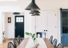 Pendant-light-and-large-wooden-table-brig-industrial-and-farmhouse-touches-to-this-dining-area-90602-217x155