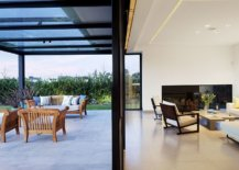 Sliding-glass-doors-connect-the-kitchen-with-the-outdoor-space-27780-217x155