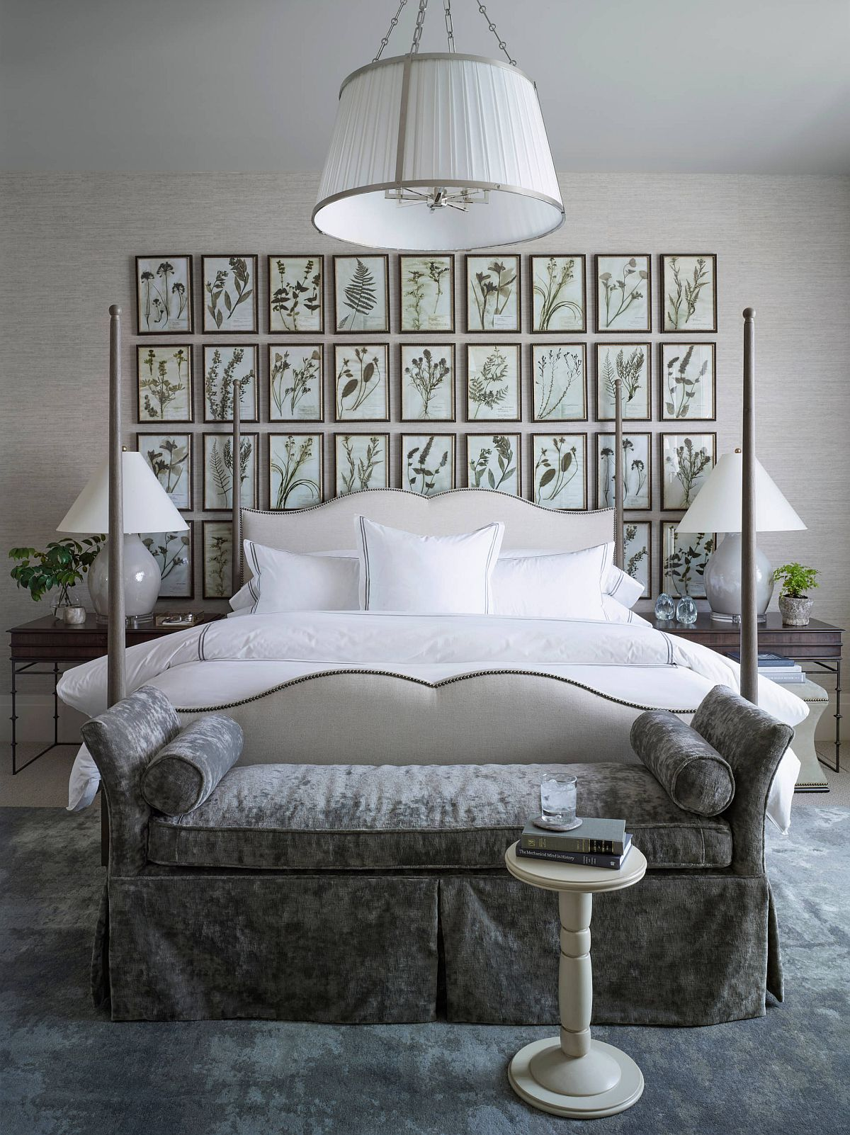 Stunning-gallery-wall-in-the-bedroom-created-using-just-botanical-prints-18365