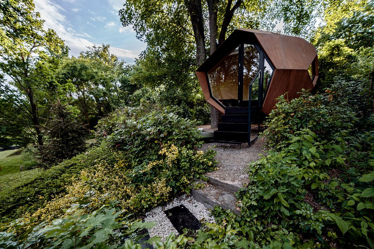 Geometric Wooden Cabins that Wow and Delight: Innovative Ideas for Everyone