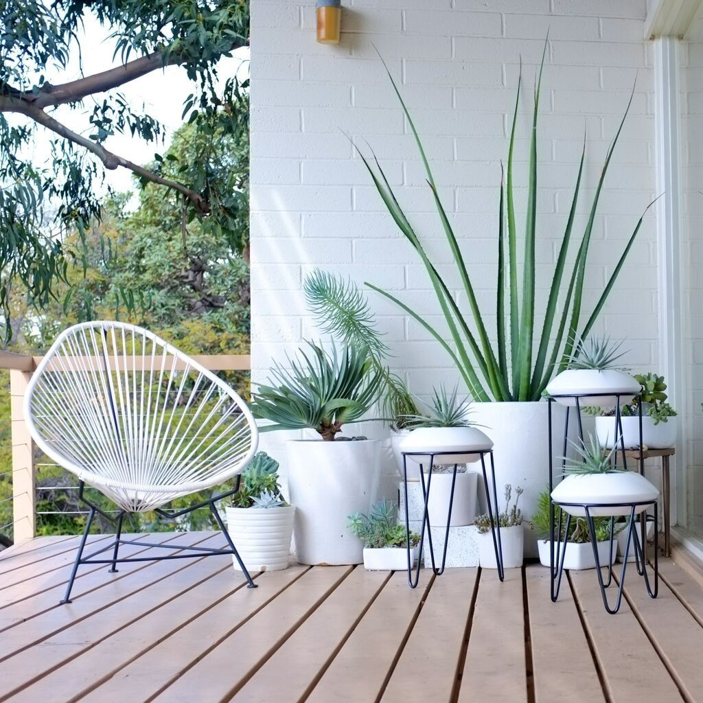 White-plant-stands-with-modern-style-22913