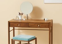Wooden-dressing-table-with-clean-lines-33304-217x155