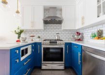 A-touch-of-purple-at-he-end-of-the-kitchen-peninsula-still-manages-to-grab-your-attention-77801-217x155