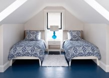 Attic-bedroom-in-modern-beach-style-with-painted-floor-in-blue-67237-217x155