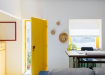 Balance-between-neutral-backdrop-and-bold-colors-inside-the-house-46949-217x155